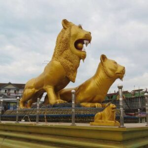Golden Lions Monument