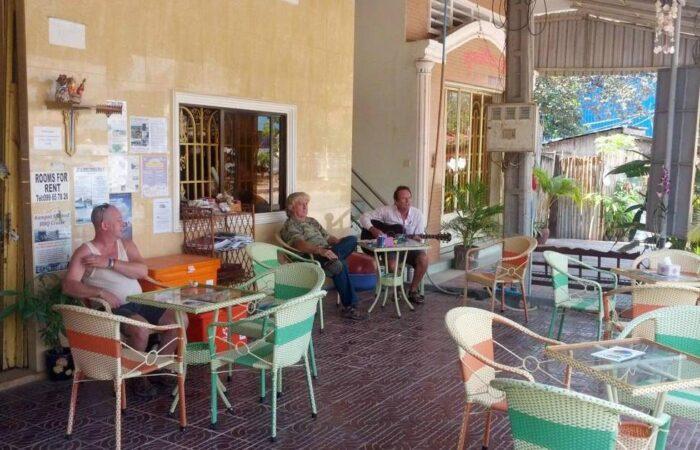 Kampot Pie and Ice Cream Palace
