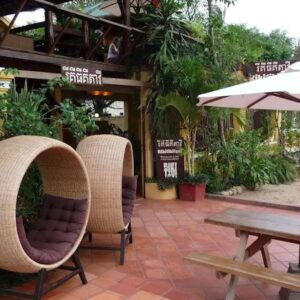 Rikitikitavi Riverfront Restaurant